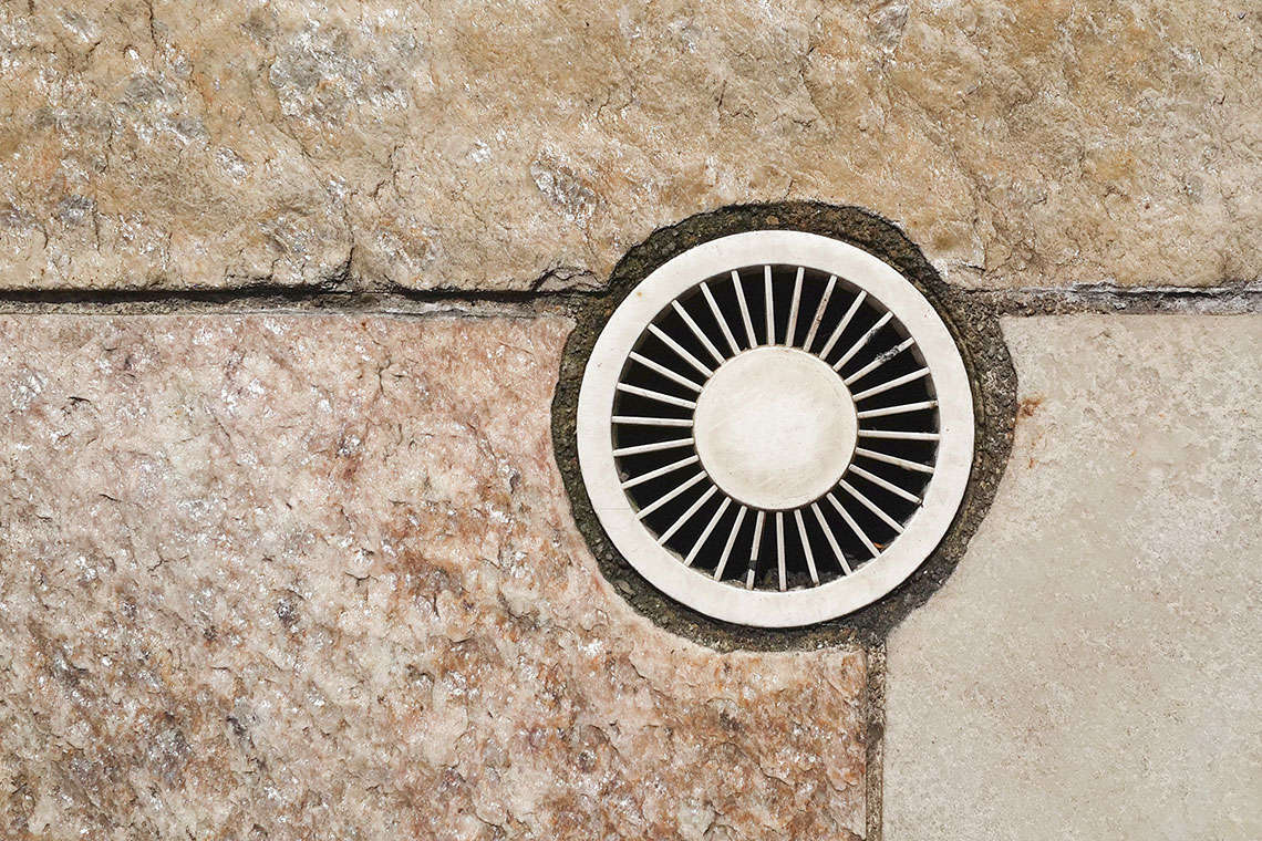 Pool and Spa Drain Cover Recall Hero Image