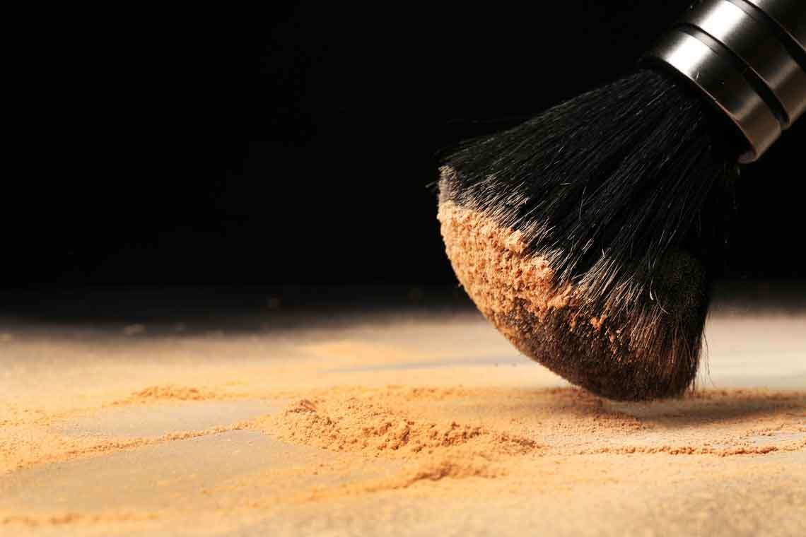 Asbestos Reportedly Taints One of Tween Chain's Popular Makeup Products Hero Image