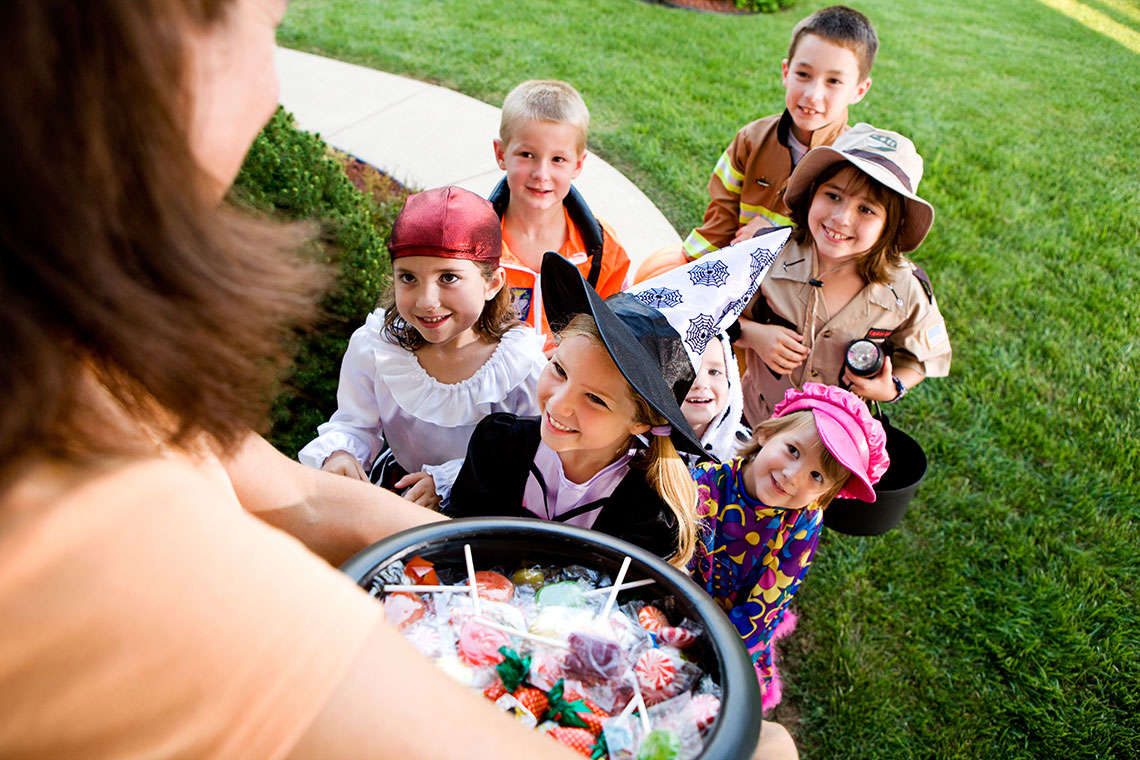 Halloween Safety: 5 Safety Tips For Worried Parents Hero Image
