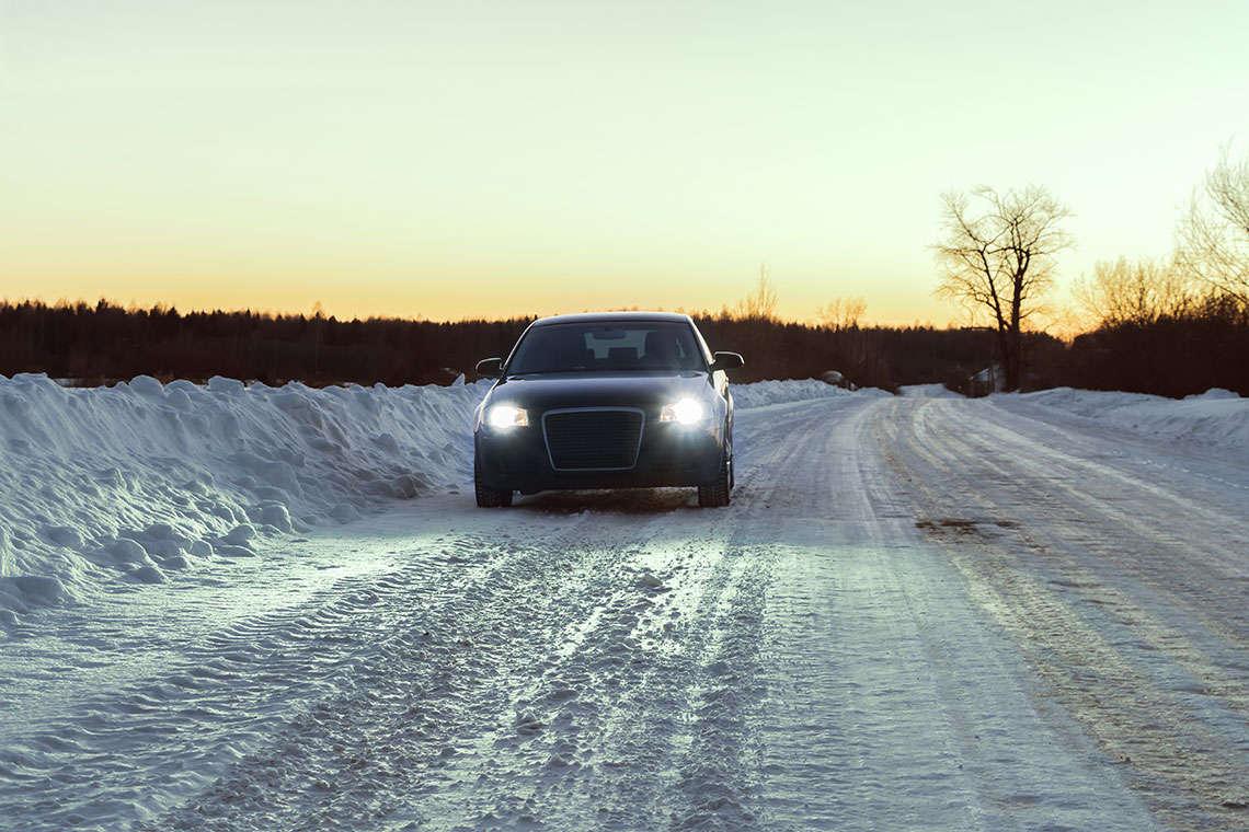 louisville-driving-snow-photo