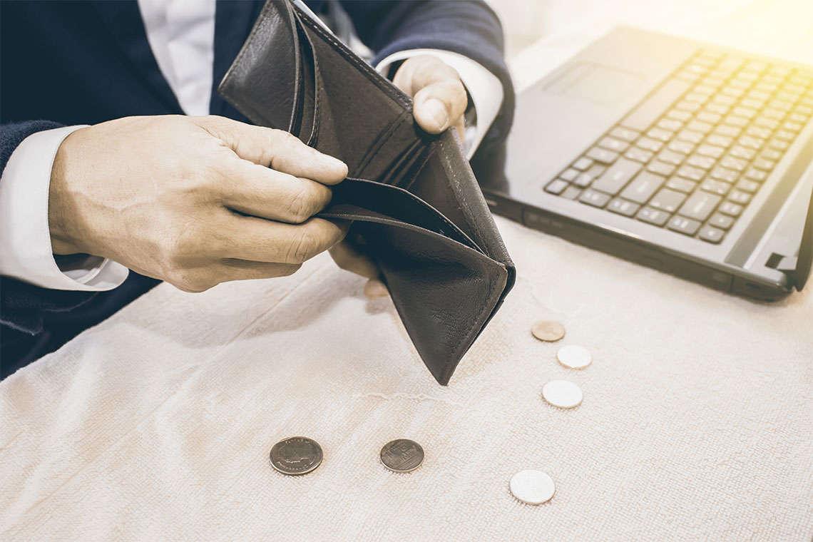 Wells Fargo Overtime Lawsuit Hero Image