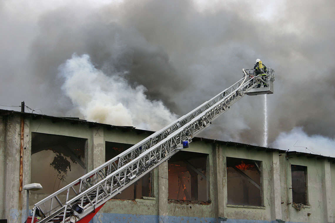 Fire Destroys Sanford, FL Wood Manufacturing Warehouse Hero Image
