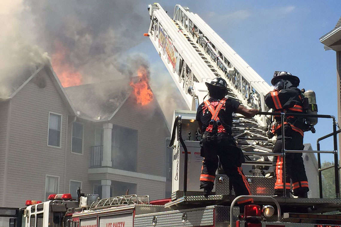 Firefighter Injured After Naples Apartment Fire Causes Collapse Hero Image