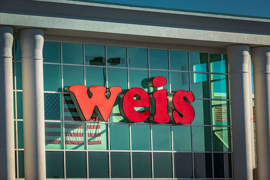 Weis Market Attack Ends With Four Dead, Including Shooter Hero Image